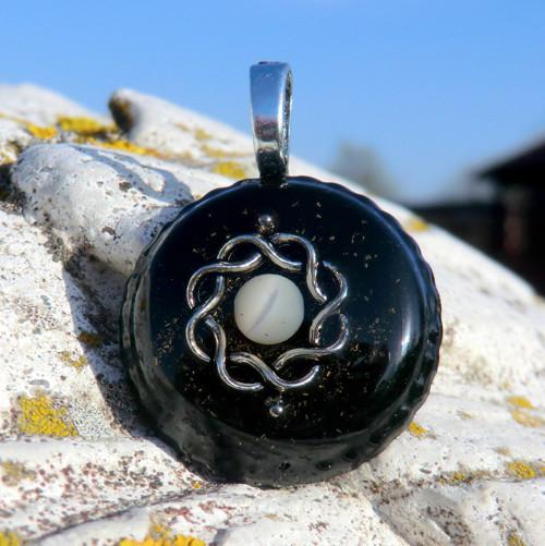karmický amulet